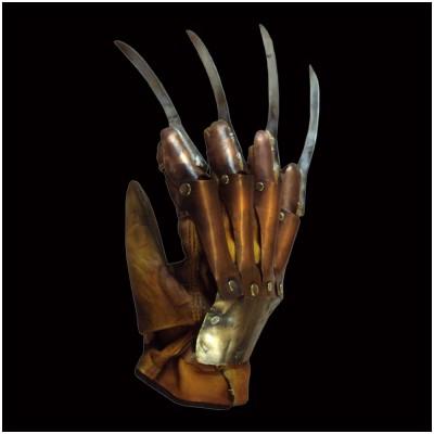 A Nightmare on Elm Street 2: Freddy's Revenge - Deluxe Freddy Krueger Glove