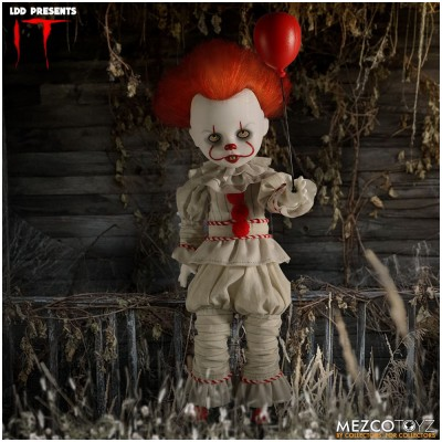 MEZCO Living Dead Doll - IT (2017) Pennywise
