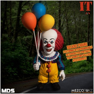 Mezco Designer Series: IT (1990) Pennywise PRE ORDER