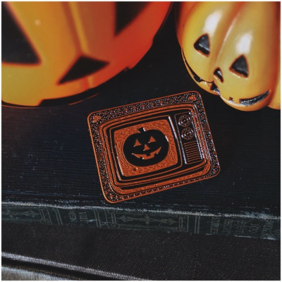 Lively Ghosts - Watch the Magic Pumpkin Pin