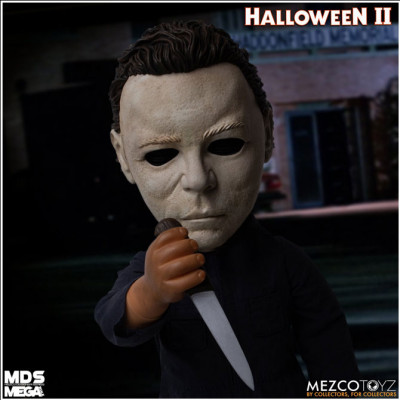 Mezco Mega Scale Michael Myers (Halloween 2) with sound - PRE ORDER